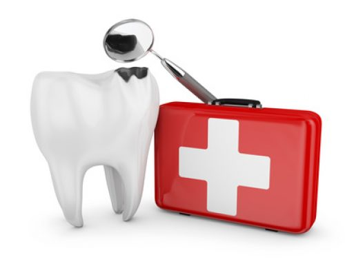 Troy Dentist Explains What to Do When Your Child Has a Dental Emergency