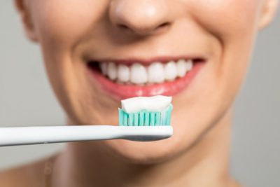 Do Whitening Toothpastes Really Work?